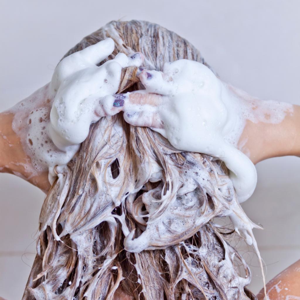Sodium lauryl sulfate causes shampoo to lather.
